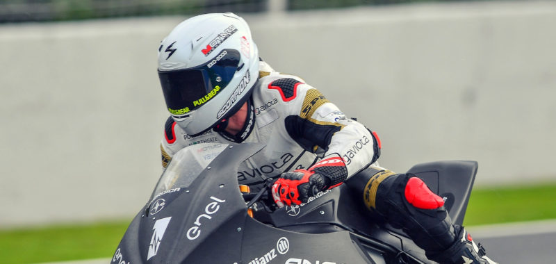 Second day of testing at Jerez penalized by rain