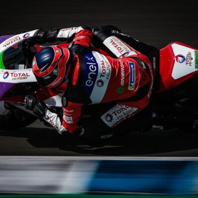 The shots of the tests in Jerez by a photographer from Jerez
